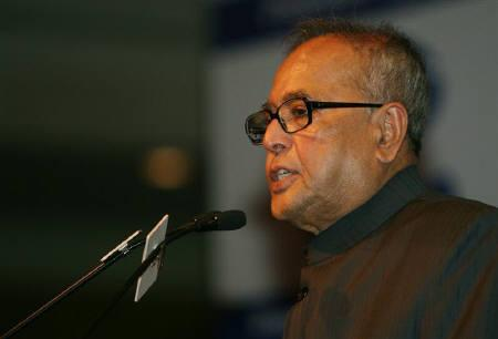 File photo of Pranab Mukherjee in New Delhi January 19, 2009. Credit: Reuters