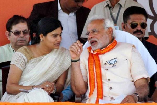 Anupriya Patel with Narendra Modi. Credit: PTI/Files