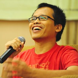 The author of Beauty Is a Wound, Eka Kurniawan. Credit: The author's twitter account.