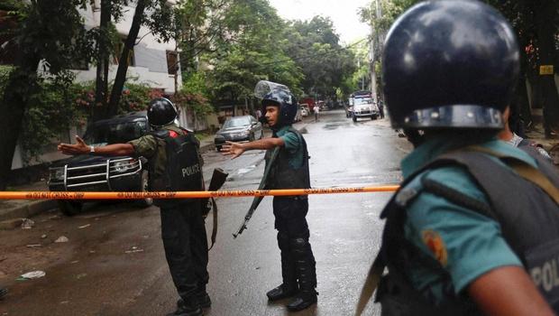 Dhaka police PTI