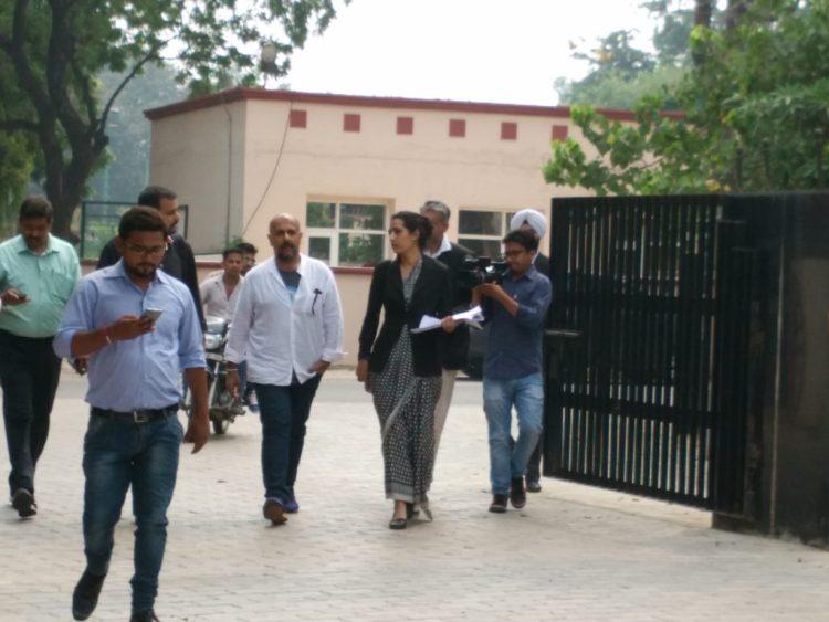 Vishal Dadlani at a Ambala police station. Credit: Jahnavi Sen