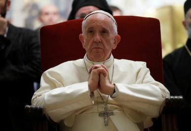 Pope Francis visits the Svetitskhoveli Cathedral in Mtskheta, Georgia, October 1, 2016. REUTERS/David Mdzinarishvili