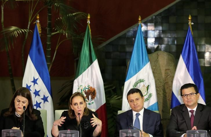 Mexico's Foreign Minister Claudia Ruiz Massieu (2nd L) and her counterparts Maria Dolores Aguero (L) of Honduras, Carlos Raul Morales of Guatemala (2nd R) and Hugo Martinez of El Salvador, attend a news conference over measures to protect migrants living in the US in response to Donald Trump winning the US presidency, in Guatemala City, Guatemala, November 21, 2016. Credit: Reuters