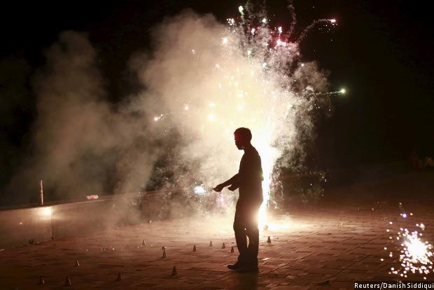 Diwali. Credit: Danish Siddiqi/Reuters