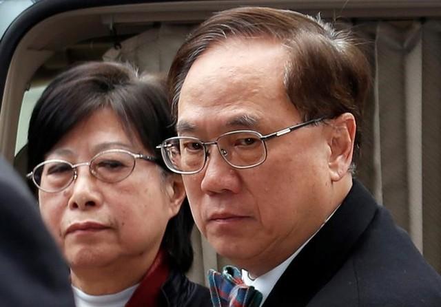 Former Hong Kong Chief Executive Donald Tsang and his wife Selina arrive the High Court in Hong Kong, China February 20, 2017. Credit: Bobby Yip/Reuters