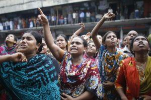 Representative image of protestors demanding a hike in minimum wage in Bangladesh. Credit: Reuters/Andrew Biraj