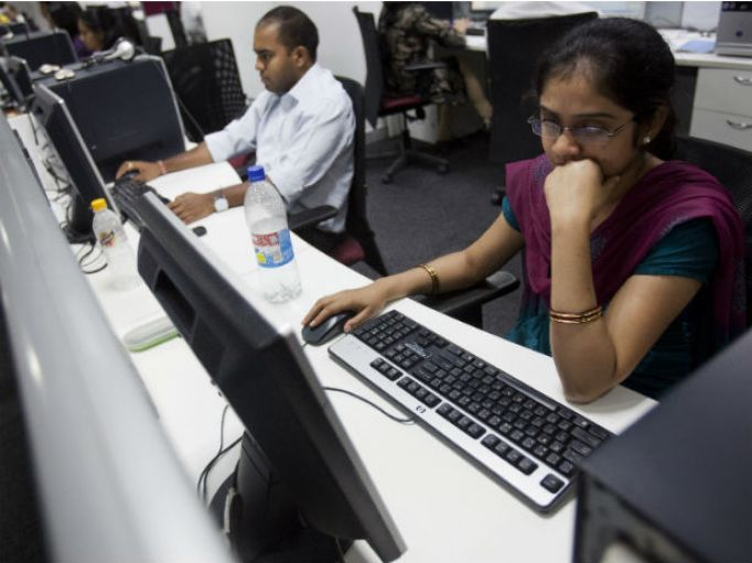 wage-gap-india-reuters