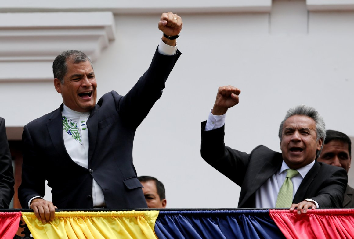 Ecuador's President Rafael Correa (L) and president elect Lenin Moreno greet supporters as they stand on the government palace's balcony during a military change of guard ceremony in Quito, Ecuador April 3, 2017. Credit: Reuters