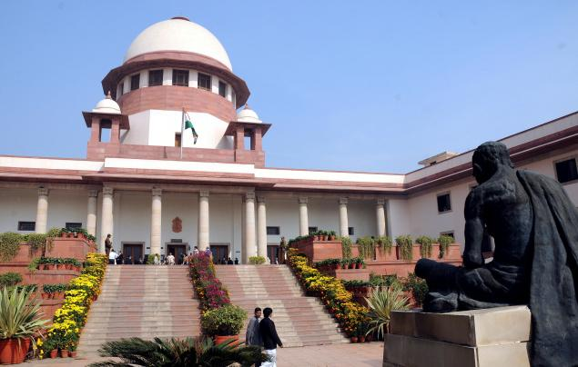 Take clear stand on convicted MPs, Supreme Court tells EC