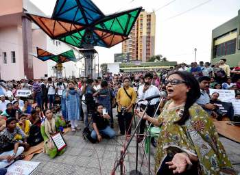 Eminent film director Aparna Sen speaking at the Kolkata protest. Credit: PTI