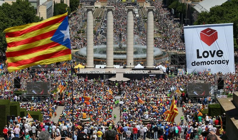 FILE PHOTO - A general view of the pro-independence rally in Barcelona, Spain, June 11, 2017. Credit: Reuters/Albert Gea