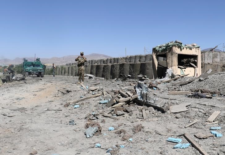 Afghan security forces inspect the aftermath of a suicide bomb blast in Gardez, Paktia Province, Afghanistan June 18, 2017. Credit: Reuters/Samiullah Peiwand/Files