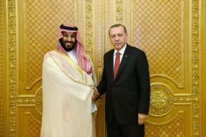 Turkish President Tayyip Erdogan meets with Saudi Arabia's Crown Prince Mohammed bin Salman in Jeddah, Saudi Arabia, July 23, 2017. Credit: Reuters/Kayhan Ozer/Presidential Palace