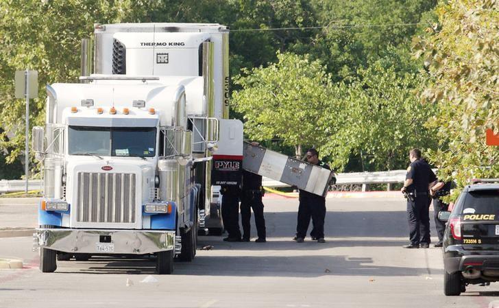 Bodies, 30 Survivors Found in Trailer at San Antonio, Texas, Walmart