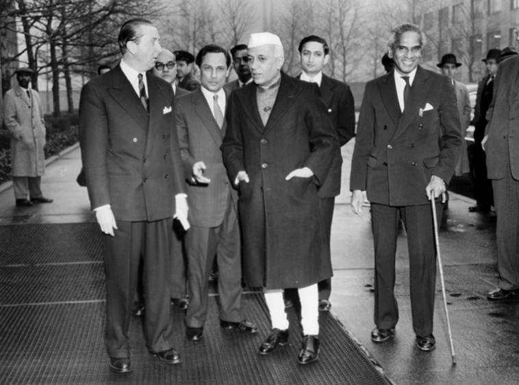 The Brooks-Bhagat report finds fault with both Jawaharlal Nehru and Krishna Menon. Credit: photodivision.gov.in