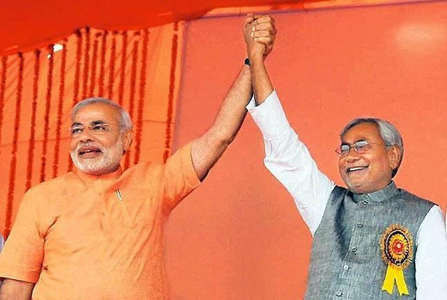 Narendra Modi and Nitish Kumar at the NDA rally in Ludhiana. Credit: PTI