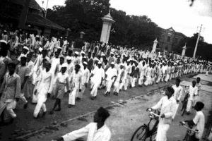 A procession in Bangalore during the Quit India movement. Credit: Wikimedia Commons