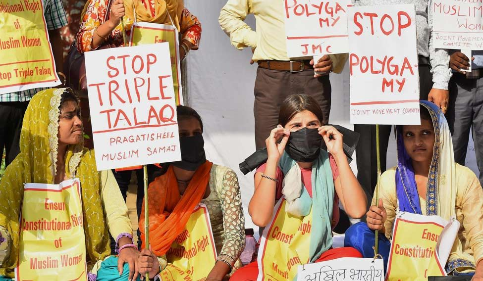 Women protest the practice of instant triple talaq before it was abolished by the Supreme Court. Credit: PTI