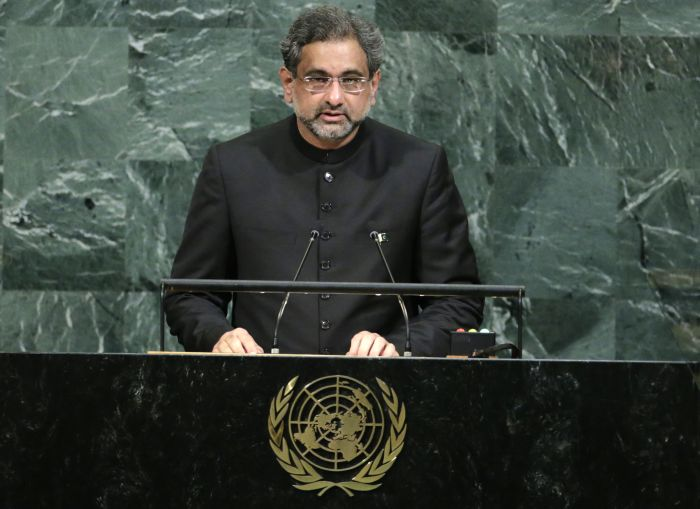 Pakistani Prime Minister Shahid Khaqan Abbasi addresses the 72nd United Nations General Assembly at U.N. headquarters in New York, U.S., September 21, 2017. Credit: Reuters/Eduardo Munoz - HP1ED9L1SNCCO