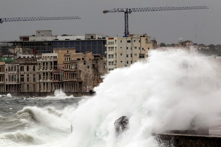 Waves crash against the seafront boulevard El Malecon ahead of the passing of Hurricane Irma, in Havana, Cuba September 9, 2017. Credit: Reuters