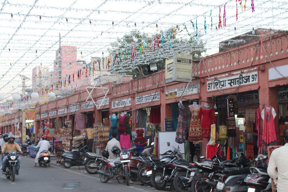 Jaipur's markets are experiencing low sales just days ahead of Diwali. Credit: Shruti Jain