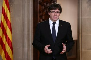 Catalan Regional President Carles Puigdemont gestures as he makes an statement at Generalitat Palace in Barcelona, Spain, October 4, 2017. Credit: Reuters