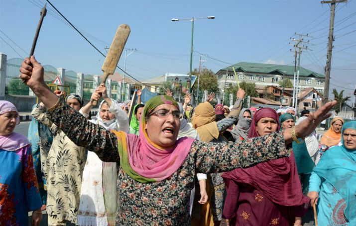 Protest against the growing incidents of braid chopping in the Valley. Credit: PTI