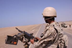 A Yemeni soldier mans a machine gun mounted on a military truck near the Red Sea coast city of al-Mokha, Yemen January 23, 2017. Credit: Reuters