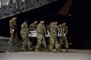 A US army team carry the remains of Sgt. Dustin Wright, one of the soldiers killed in Niger. Reuters/Aaron J. Jenne/US Air Force