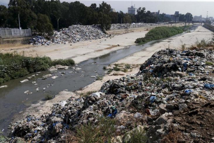 Garbage is piled along Beirut river in Beirut, Lebanon, September 3, 2015. Credit: Reuters/Mohamed Azakir
