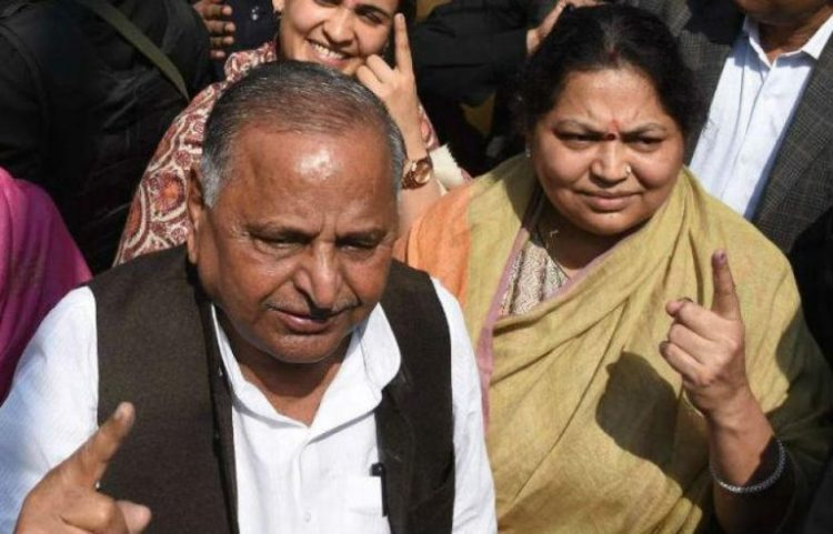 MYLAYAM-AND-WIFE-SADHNA