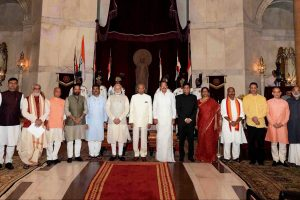 New Delhi: President Ram Nath Kovind, Vice President M. Venkaiah Naidu, Prime Minister Narendra Modi poses with new members of cabinet after the reshuffle at Rashtrapati Bhavan in New Delhi on Sunday.   PTI Photo (PTI9_3_2017_000040A) *** Local Caption ***