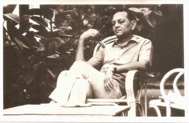 Kunwar Narayan Apwad Blogspot