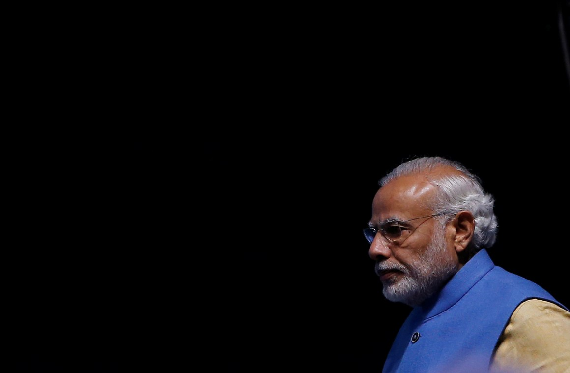 "India's Prime Minister Narendra Modi arrives to launch a digital payment app linked with a nationwide biometric database during the ""DigiDhan"" fair, in New Delhi, India, December 30, 2016. REUTERS/Adnan Abidi"