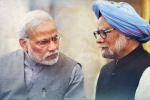 Narendra-Modi-Manmohan-Singh PTI