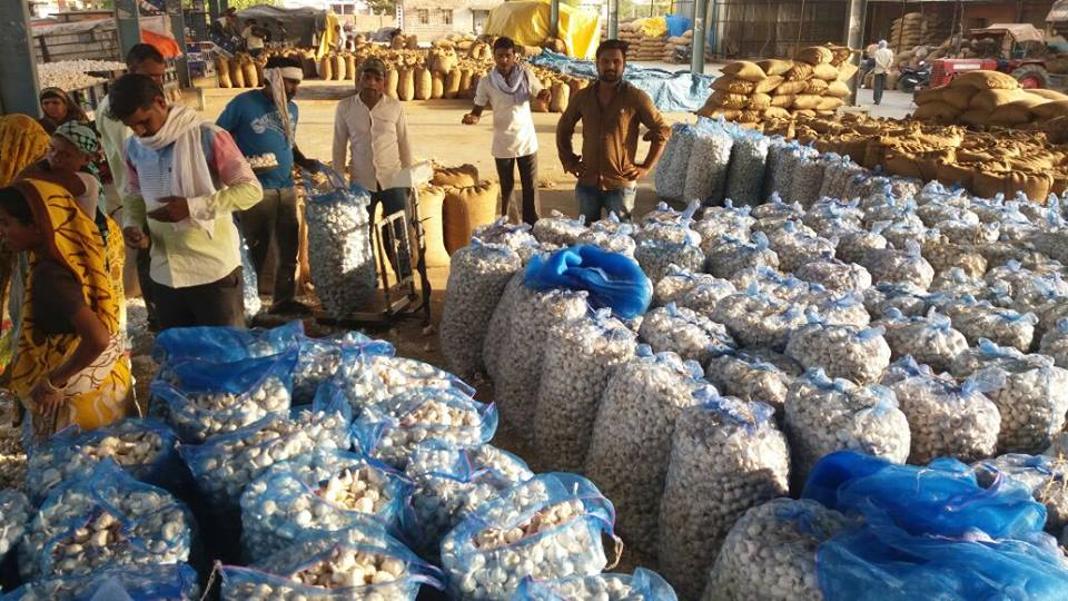 Image result for  मंडी में किसान की मौत