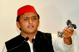 Lucknow: Samajwadi Party President Akhilesh Yadav addresses a press conference, in Lucknow on Wednesday, June 13, 2018. (PTI Photo/Nand Kumar) (PTI6_13_2018_000069B)