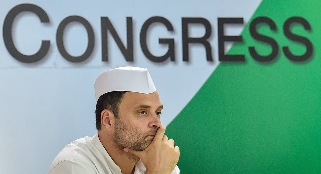 EDS PLS TAKE NOTE OF THIS PTI PICK OF THE DAY:::::::: New Delhi: Congress President Rahul Gandhi during the Seva Dal meeting, at AICC Headquarter in New Delhi on Monday, June 11, 2018 (PTI Photo/Ravi Choudhary)(PTI6_11_2018_000134B)(PTI6_11_2018_000212B)