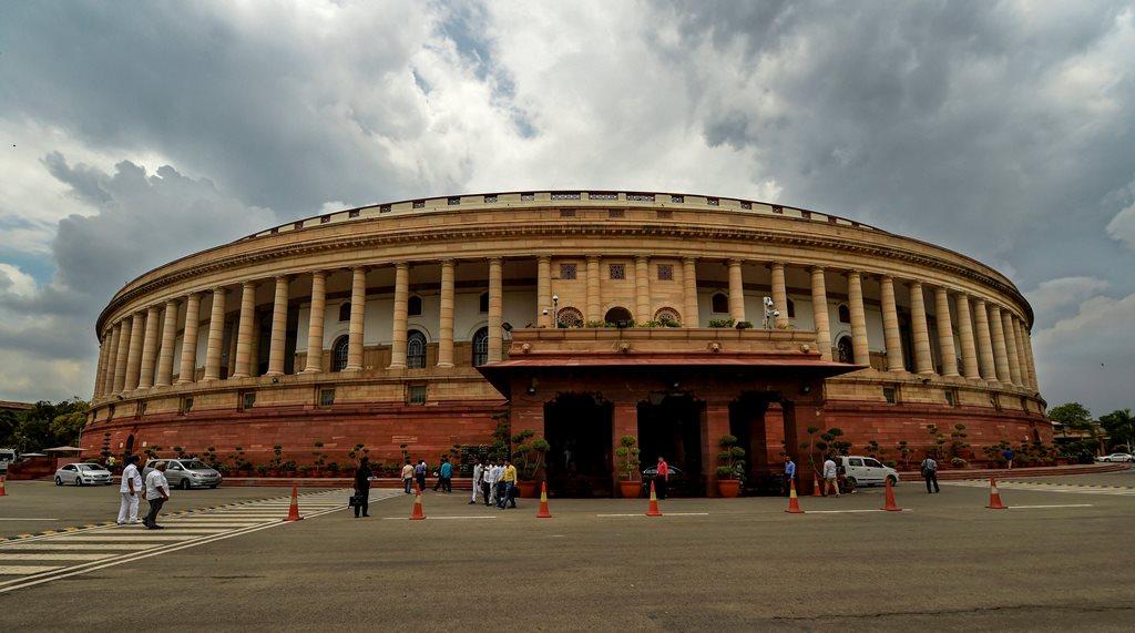 2014 में दोबारा सांसद बने 153 नेताओं की संपत्ति में 142 फीसदी इज़ाफ़ा, भाजपा के सर्वाधिक नेताः रिपोर्ट