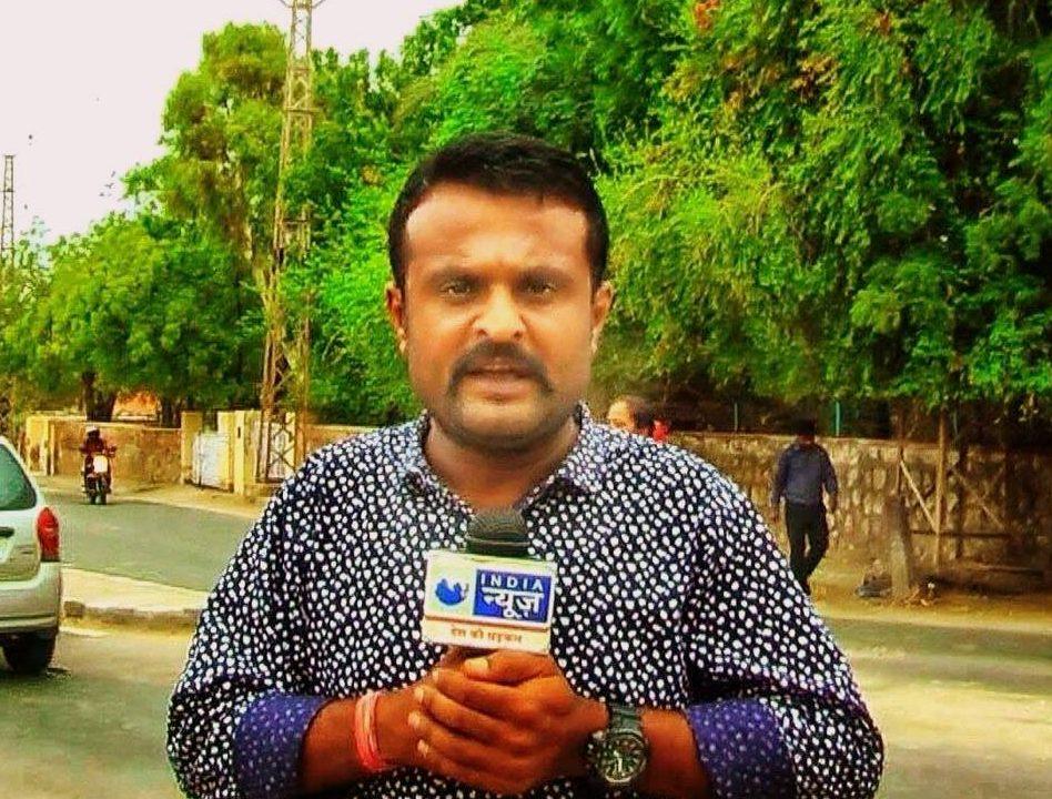 राजस्थान से गिरफ़्तार कर बिहार लाए गए पत्रकार के मामले का सच क्या है?