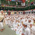 Indore: Prime Minister Narendra Modi greets the Dawoodi Bohra community during 'Ashura Mubarak' programme, in Indore, Friday, Sep 14, 2018. (PIB Photo via PTI) (PTI9_14_2018_000106B)