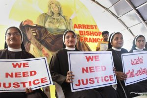 Kochi: Nuns protest against the delay in action on a Roman Catholic church bishop, who is accused of sexually exploiting a nun, in Kochi, Friday, Sept 14, 2018. (PTI Photo) (PTI9_14_2018_000087B)