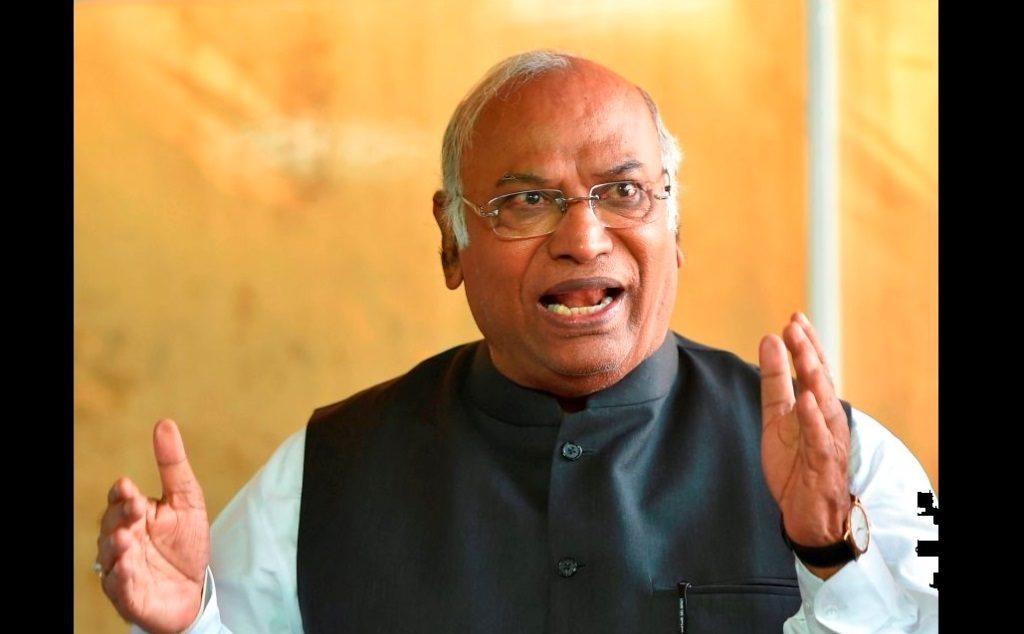 कर्नाटकः कांग्रेस नेता मल्लिकार्जुन खड़गे जीवन का पहला चुनाव हारे