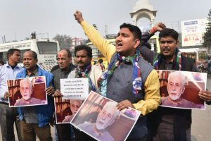 Naseeruddin Shah Protest PTI