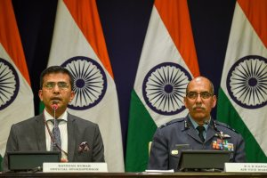 New Delhi: MEA spokesperson Raveesh Kumar and Air Vice Marshal RGK Kapoor at a media briefing in New Delhi, Wednesday, Feb 27, 2019. (PTI Photo/Atul Yadav) (PTI2_27_2019_000072B)