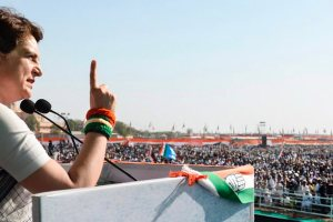 Gandhinagar: Congress General Secretary Priyanka Gandhi Vadra addresses a public meeting ahead of Lok Sabha elections, in Gandhinagar, Tuesday, March 12, 2019. (PTI Photo) (PTI3_12_2019_000096B)