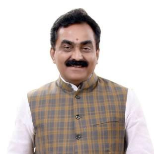 जबलपुर से भाजपा उम्मीदवार राकेश सिंह. (फोटो साभार: फेसबुक)