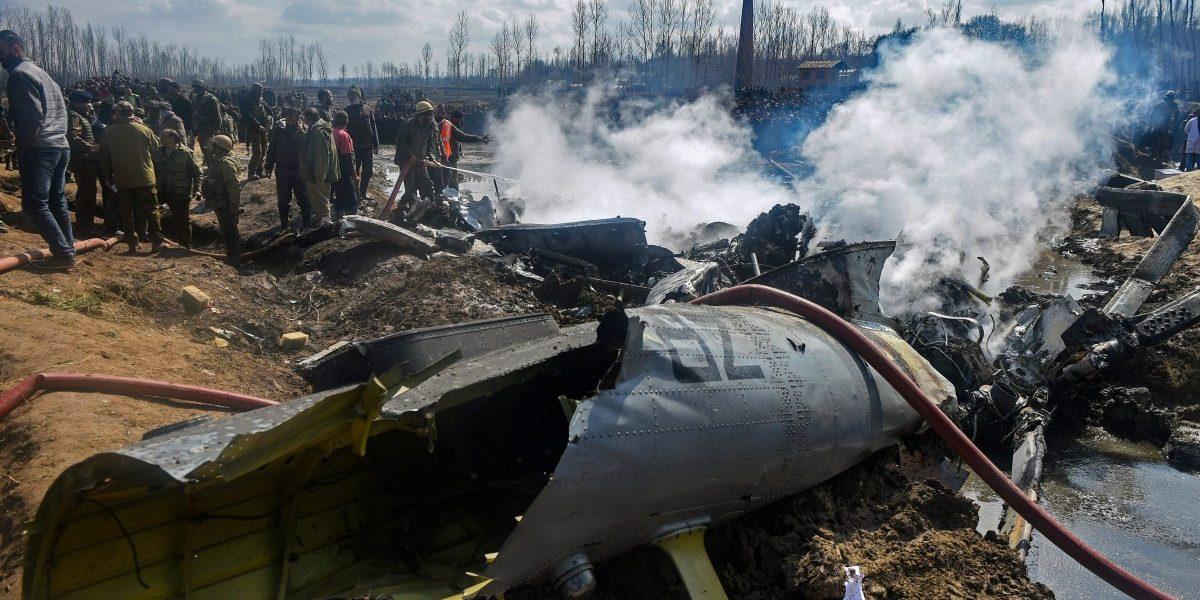 बड़गाम हेलीकॉप्टर हादसा: शहीद के परिवार ने कहा- अंधेरे में रखकर हमें धोखा दिया गया