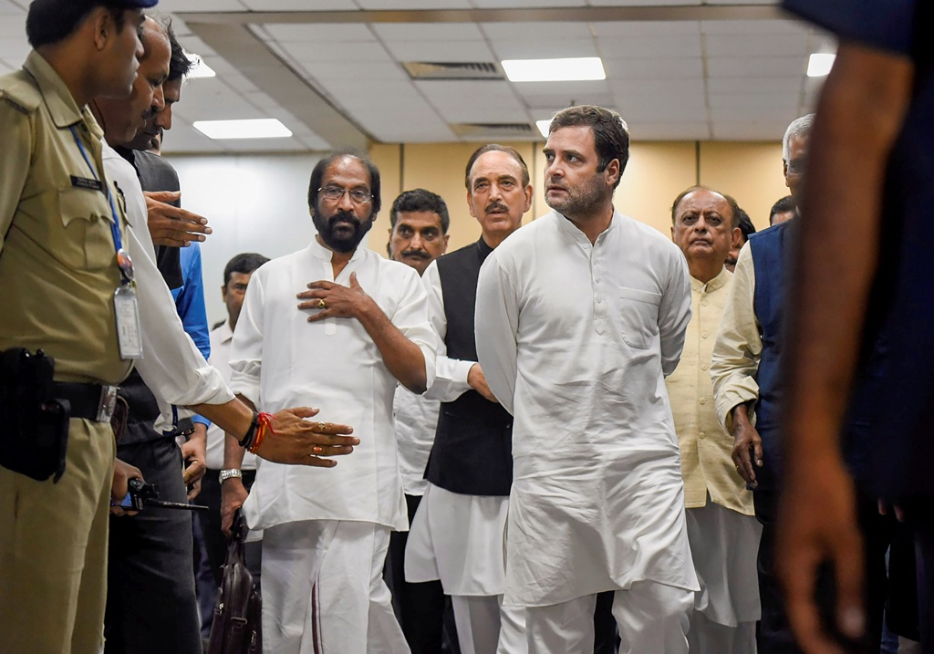 Image result for rahul in shrinagar