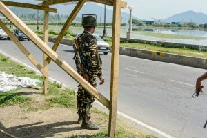Security-forces-in-Srinagar-PTI